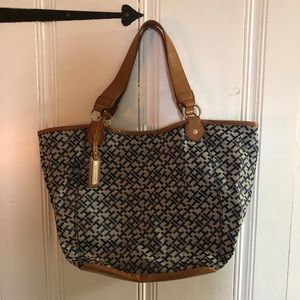 Brand New Never Used Tommy Hilfiger Tote/Beach Bag